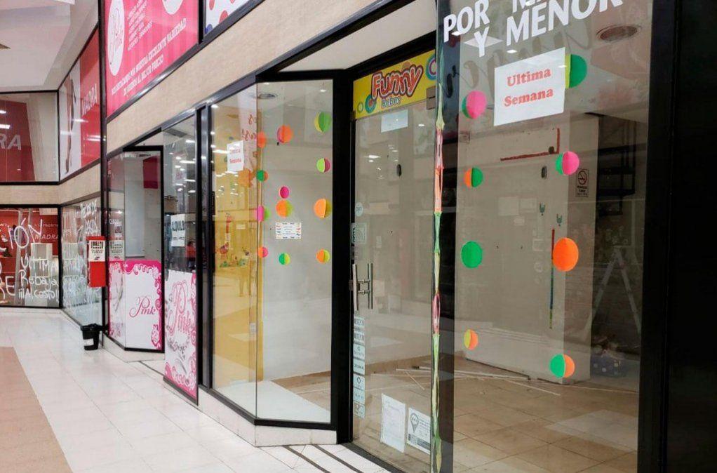 La FET asegura que cerraron 55 comercios en el microcentro tucumano