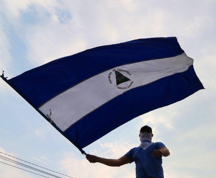 El gobierno nicaragüense reanuda el diálogo con la oposición en medio de la crisis