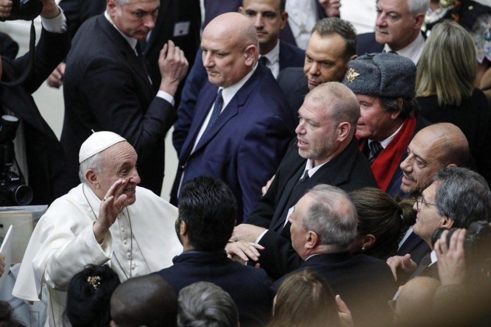 El Papa abre una cumbre sin precedentes sobre los abusos sexuales en la Iglesia