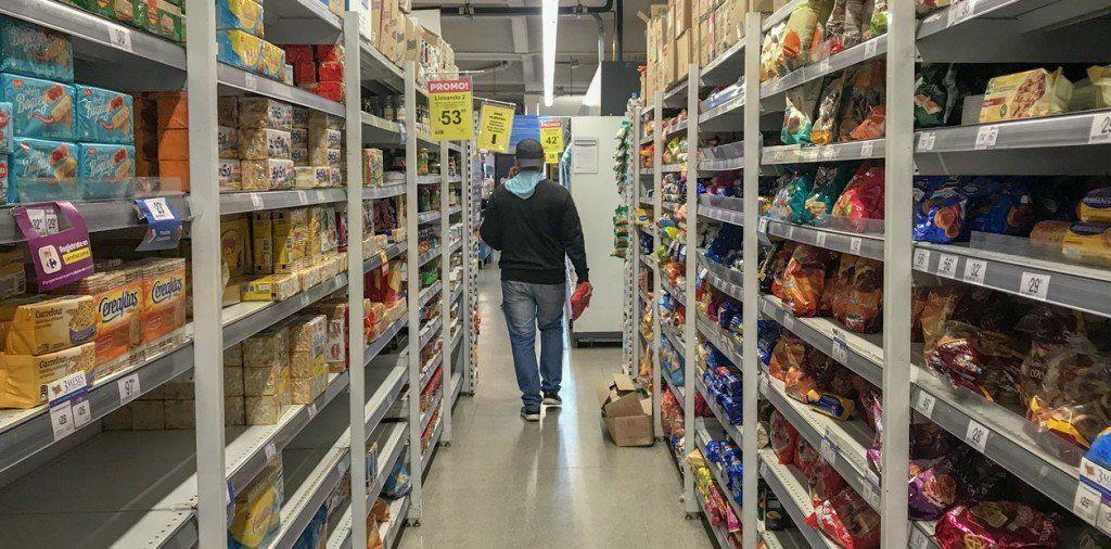 Economía en crisis: crecen los almacenes que venden productos sueltos