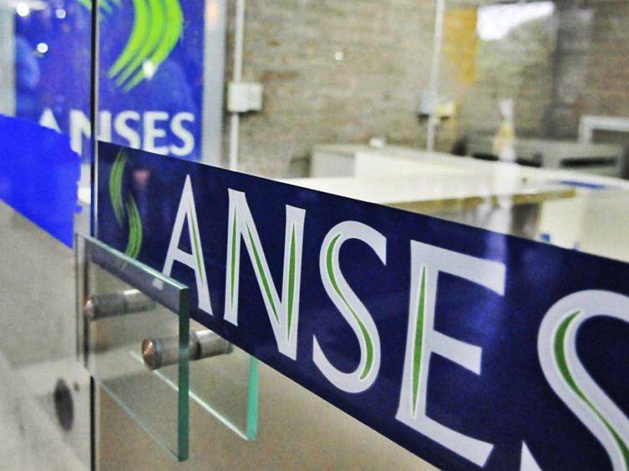 Anses oficializó la suba de 11,83% en pensiones, jubilaciones y asignaciones universales por hijo