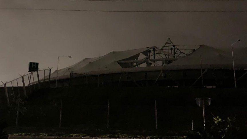 La lluvia y el viento destruyeron el techo del Estadio Ciudad de La Plata