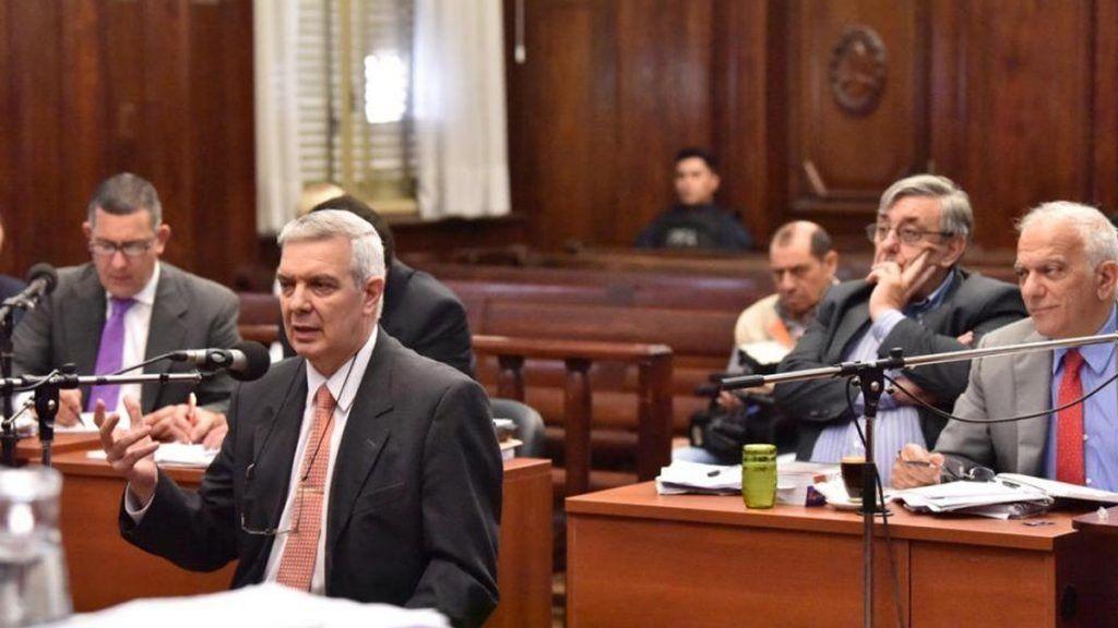 Condenaron a seis años de prisión a Hugo Sánchez y Eduardo Di Lella