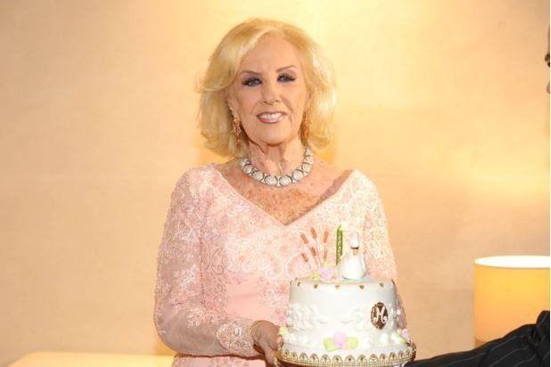 Mirtha Legrand festejó su cumpleaños junto a  familiares y algunos amigos