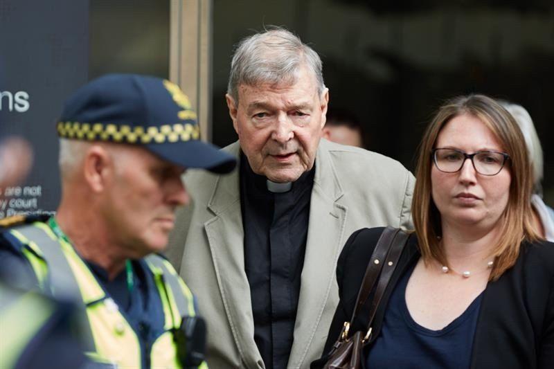Condenaron al tesorero del Vaticano por el abuso sexual de dos nenes