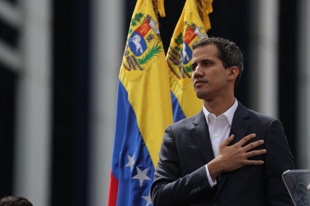 Guaidó volvió a asegurar que en los próximos días regresa a Venezuela