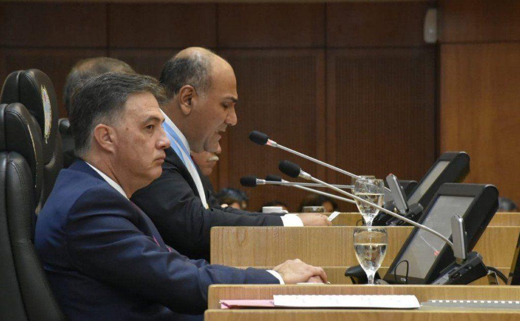 El gobernador Manzur brindó un discurso resaltando logros de su gestión