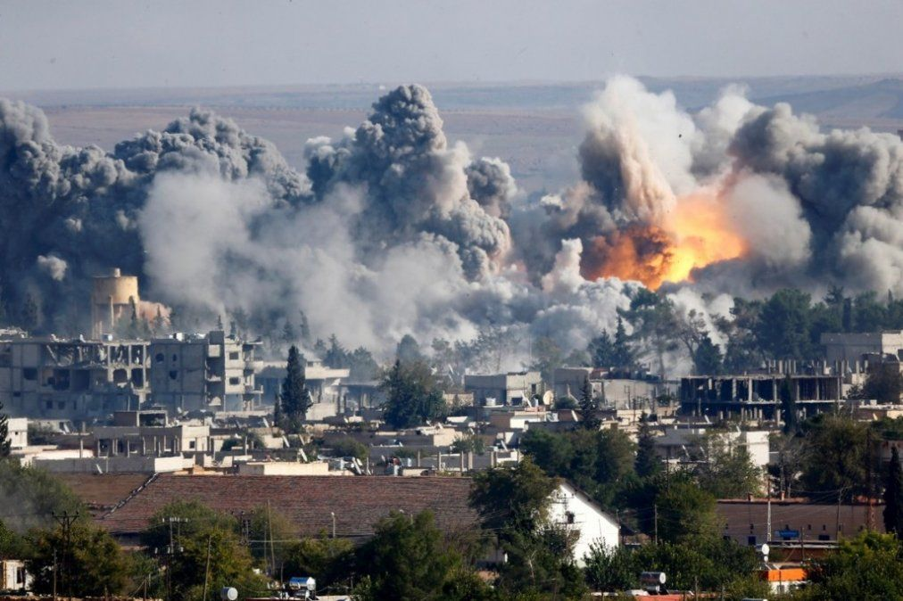Lluvia de fuego sobre el último reducto del ISIS en Siria