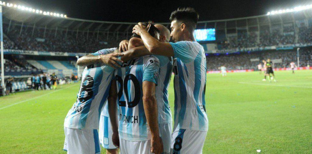 Superliga: Racing venció a Estudiantes y dio otro paso hacia el título