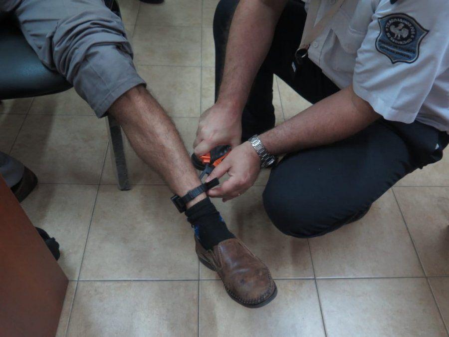 Colocaron la segunda tobillera electrónica en casos de violencia de género en Tucumán