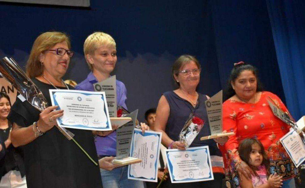 La Secretaría de Deportes de la provincia reconoció a tres periodistas de LV12