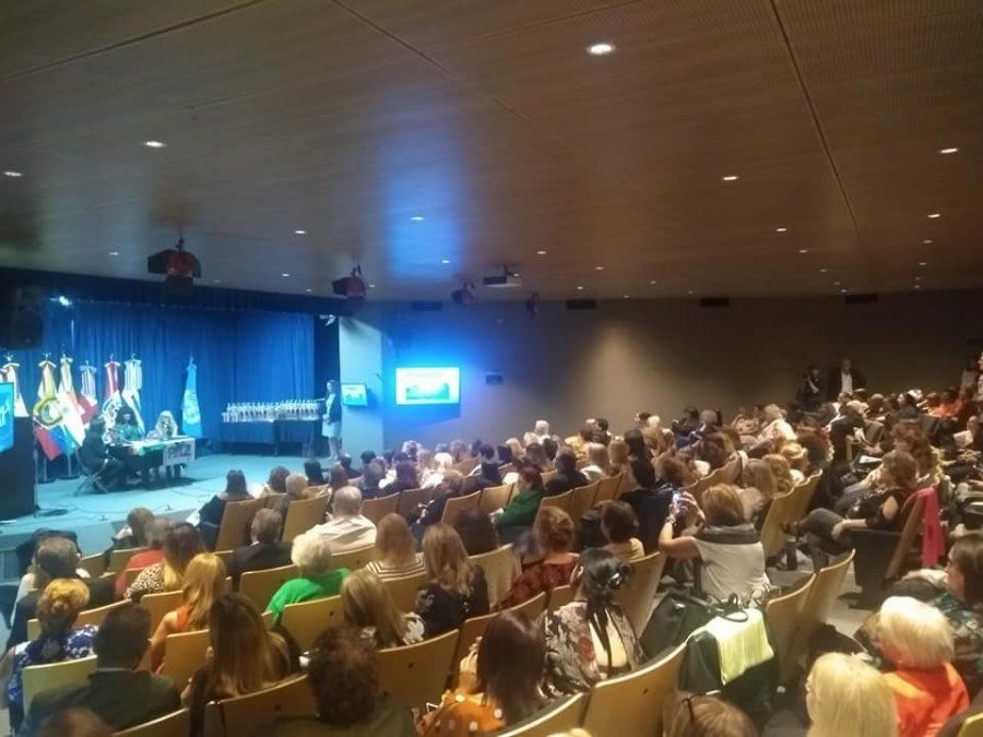 Se realiza en el Congreso, la Segunda Cumbre Internacional de mujeres por la Paz