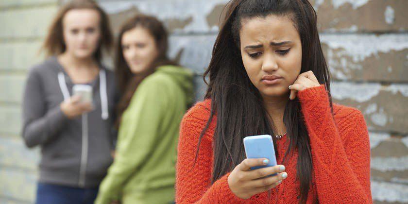 Ciberacoso: Es necesario saber qué están consumiendo los adolescentes en las redes