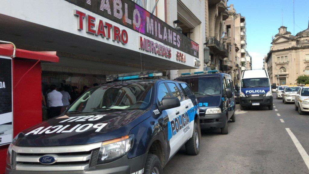 Armisén confirmó que el teatro Mercedes Sosa no fue clausurado