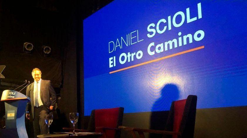 Daniel Scioli lanzó su precandidatura a presidente