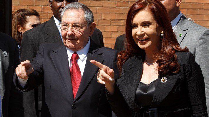 Cristina Fernández de Kirchner se reunió con Raúl Castro en Cuba