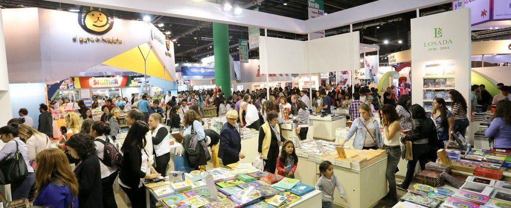 Feria del Libro: invitan a escritores locales a exponer y vender sus obras