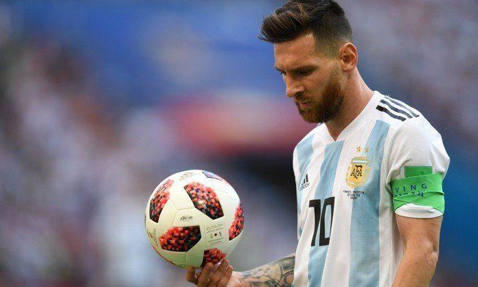 AFA apeló a la emotividad para reconocer a Messi por su regreso