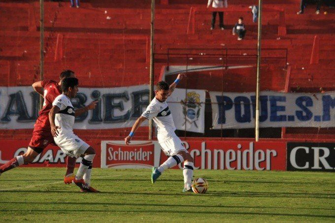Copa Argentina: Gimnasia venció por penales a Defensores de Belgrano de Villa Ramallo