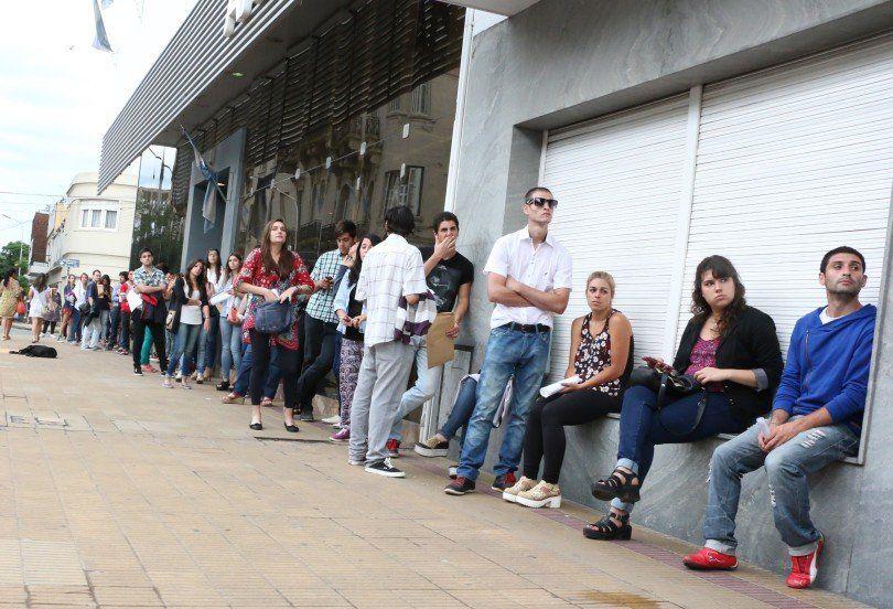 Los jóvenes son los más afectados por el desempleo en Tucumán