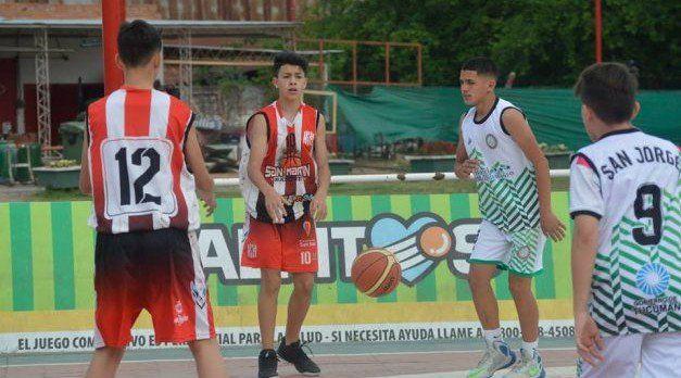 Inicia el campeonato formativo del basquet tucumano con un homenaje particular