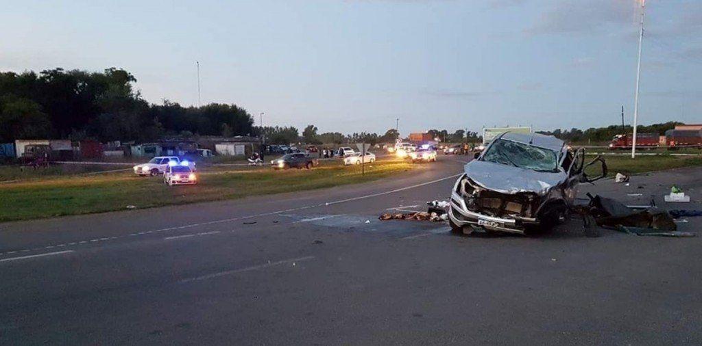 Carmen de Areco: Un accidente deja nueve muertos, entre ellos cinco menores