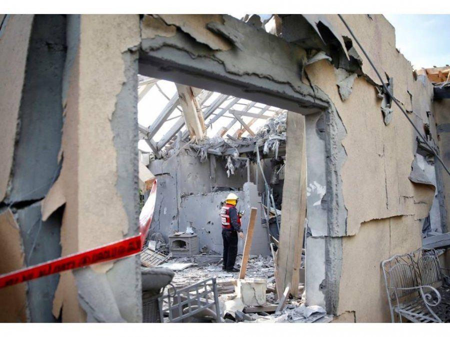 Un ataque con misiles desde Gaza a Tel Aviv destruyó una casa y dejó siete heridos