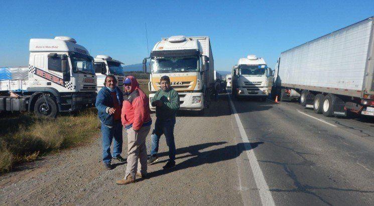 Rosario de la Frontera: camioneros advirtieron que cortarán las rutas ante la falta de acuerdo por las tarifas