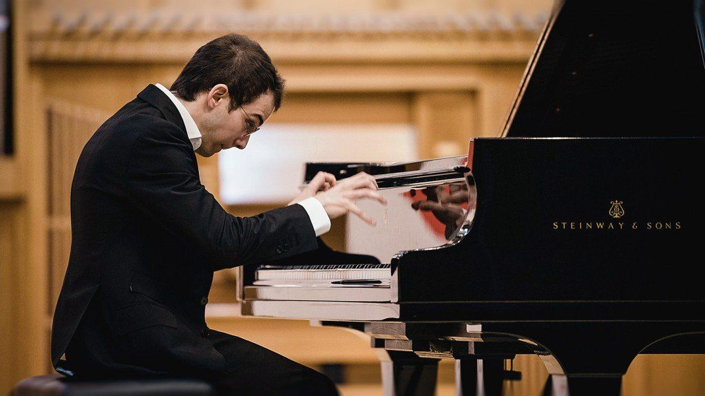 Mozart quedará en las manos del pianista Raúl Canosa