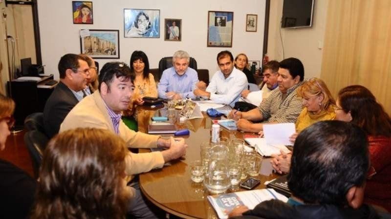 Los gremios de docentes catamarqueños aceptaron la propuesta del gobierno