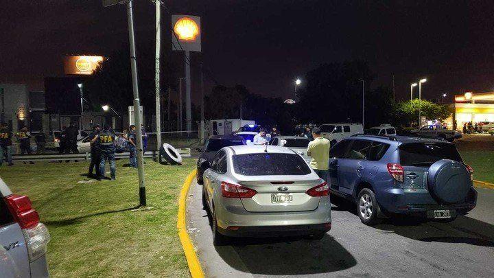 Tiroteo entre la Policía Federal y la Bonaerense en Avellaneda