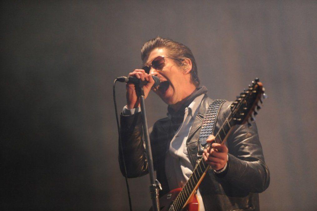 Arctic Monkeys se llevó una ovación en el Lollapalooza
