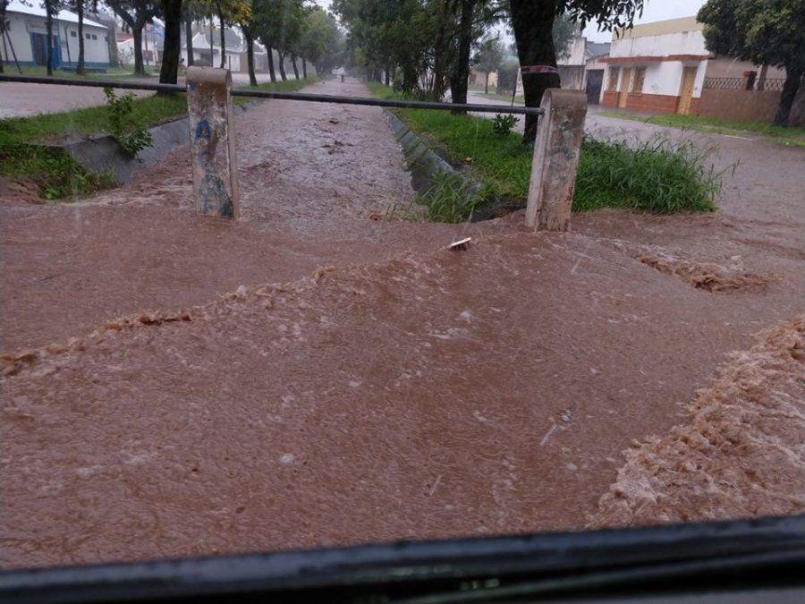 Las lluvias afectaron a localidades del sur