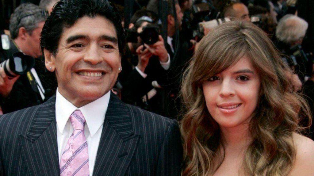 Diego Maradona saludó a su hija Dalma por su cumpleaños, con polémica incluida
