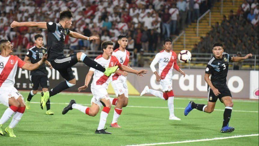 Sudamericano Sub-17: Argentina igualó ante Perú en su debut en el hexagonal final