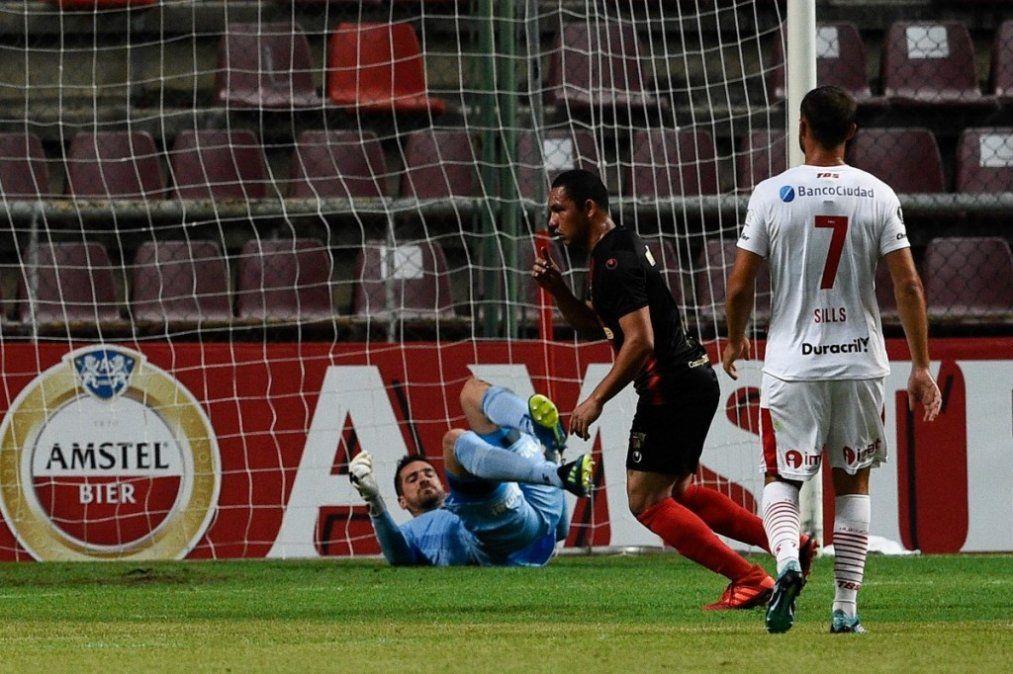 Huracán perdió 2-1 con Deportivo Lara y quedó último en el Grupo B