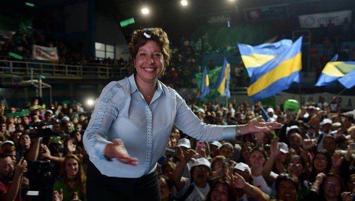 Río Negro: Arabela Carreras se impuso en los comicios y será gobernadora