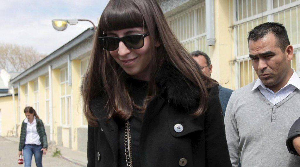 Afirmaron que Florencia Kirchner volverá al país cuando le den el alta