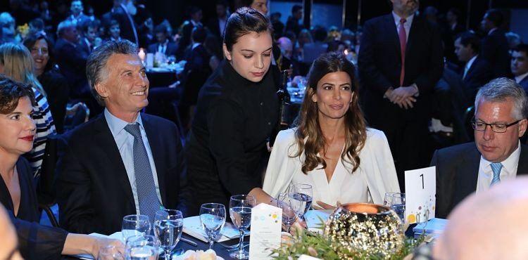 """Macri dijo que la economía va por el """"rumbo correcto"""""""