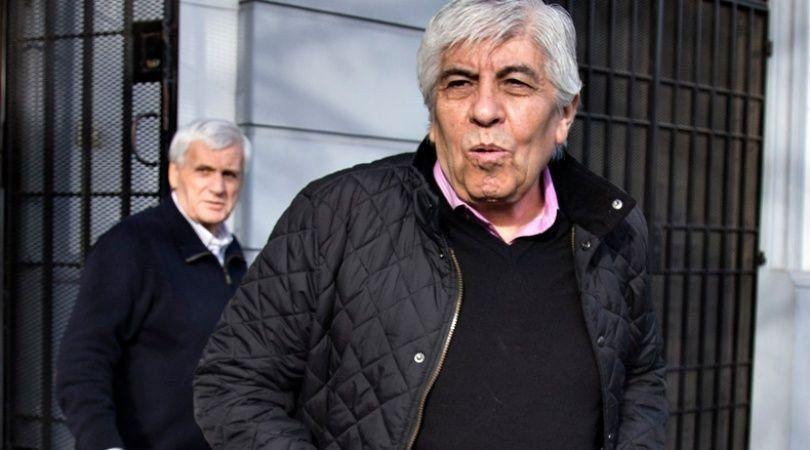 Moyano arremetió contra la CGT y le pidió mayor oposición ante el gobierno