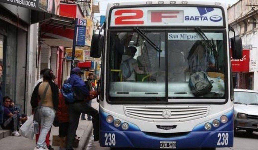 Salta: ya no podrán obligar a nadie que descienda de un colectivo por no tener la tarjeta de viaje