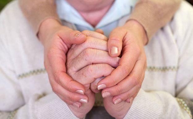 El Parkinson no tiene cura pero aumentan las terapias que mejoran los síntomas motores y la calidad de vida