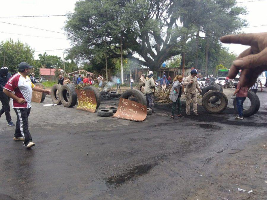 Vecinos protestan por tercer día consecutivo en Ohuanta por desalojo