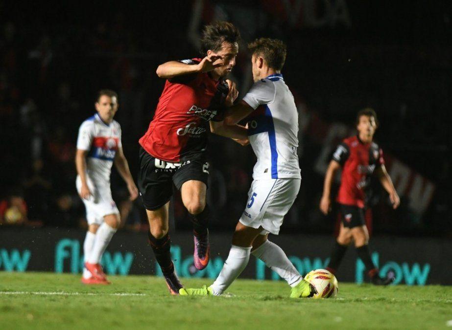Colón y Tigre empataron en la ida de la Copa Superliga