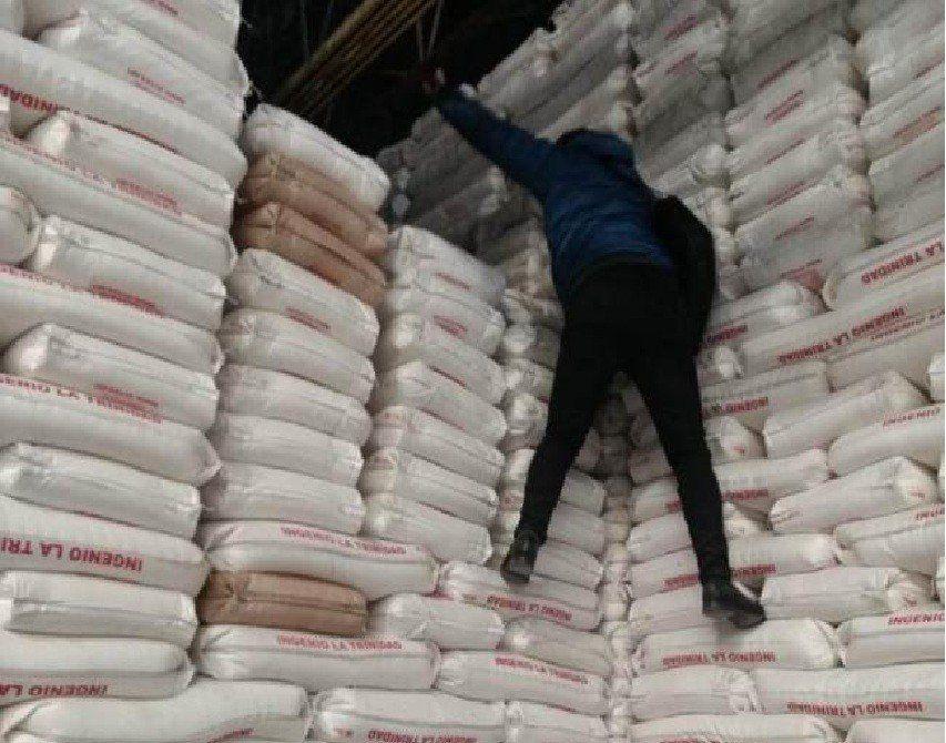 La AFIP remató bolsas de azúcar por un valor de 70 millones de pesos en Tucumán