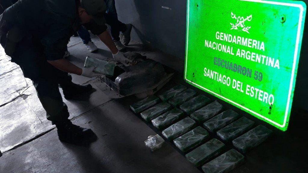 Santiago: Gendarmería Nacional secuestró más 26 kilos de cocaína