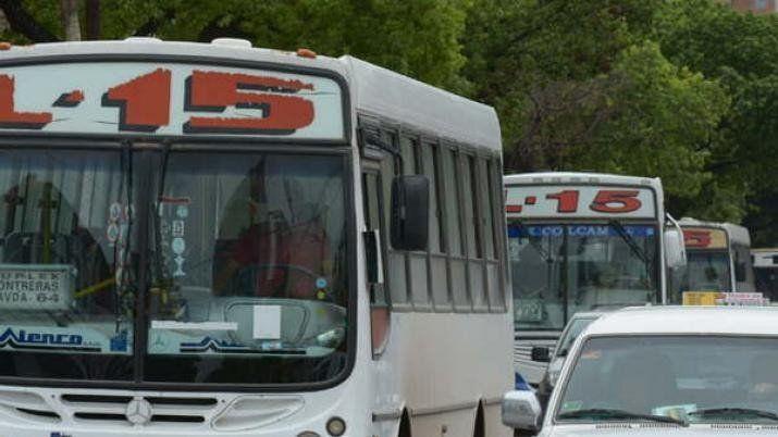 Buscarán acordar el aumento del boleto del transporte urbano en Santiago del Estero