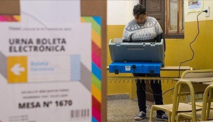 Salta: Urtubey desdobló las elecciones, se votará en octubre y noviembre