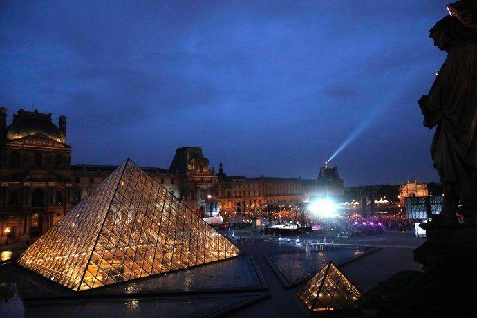 Lograron salvar obras de arte y serán trasladadas al Louvre