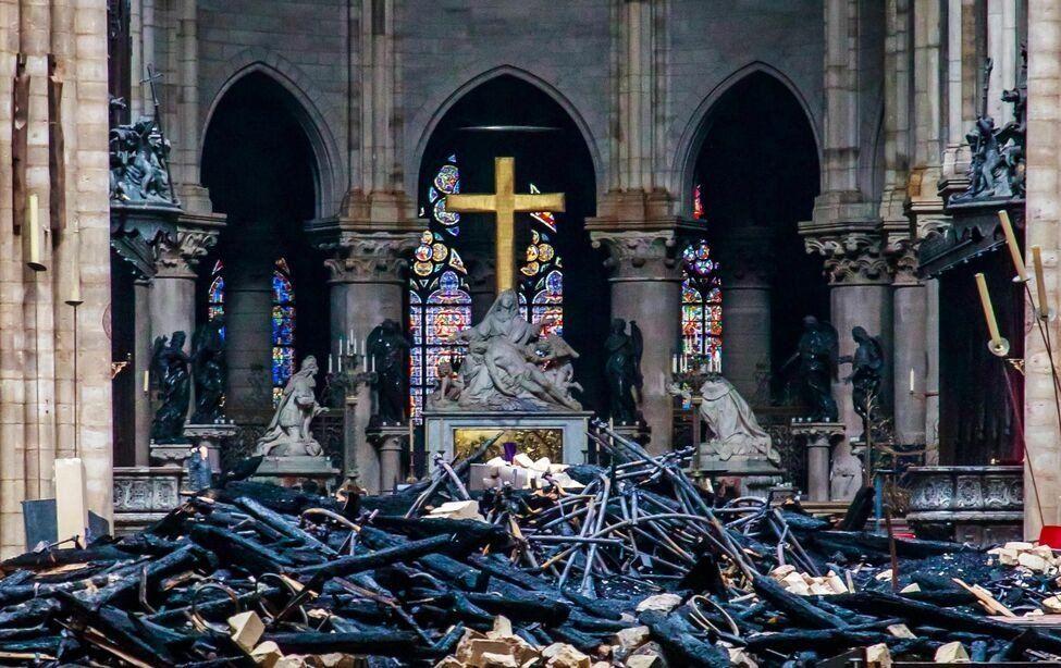 Empresas francesas donarán cerca de 800 millones de euros para reconstruir Notre Dame